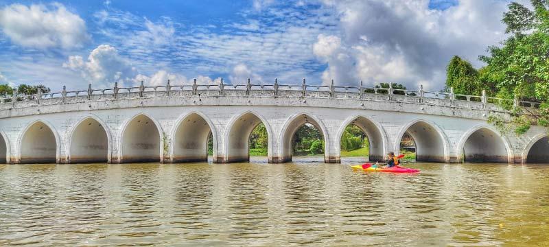 white rainbow bridge kayak